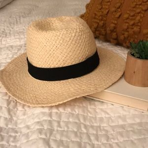 NWT Banana Republic Hat